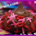 VALENTINE KISS COOKIES