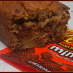 REESE'S PEANUT BUTTER CUP BANANA BREAD!