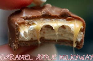 CARAMEL APPLE MILKYWAY CHEESECAKE BARS WITH DARK CHOCOLATE GANACHE