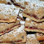BUTTERY, DELICIOUS, RASPBERRY BARS