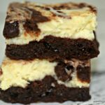 THE ULTIMATE CHEESECAKE BROWNIE BARS