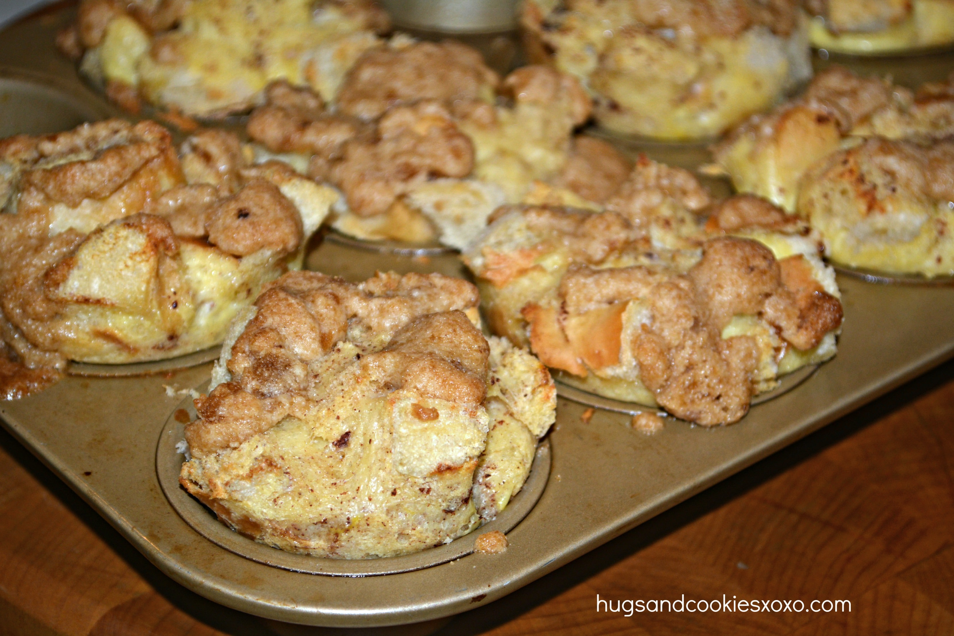French Toast Muffins With Sugar & Maple Syrup - Hugs and Cookies XOXO