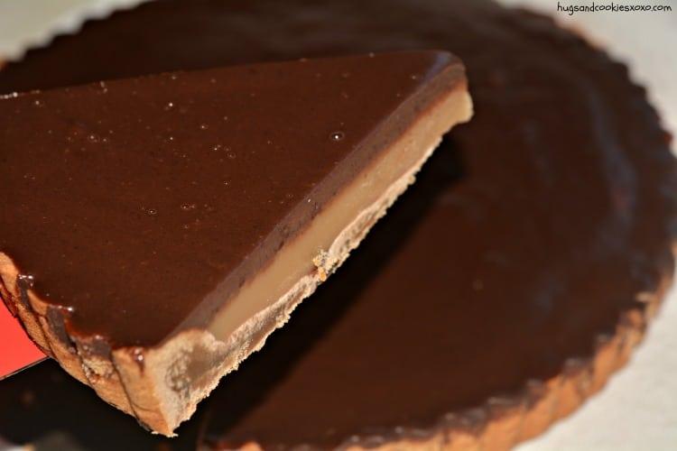 caramel chocolate tart cookie crust