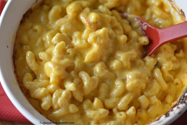 mac and creamy cheese