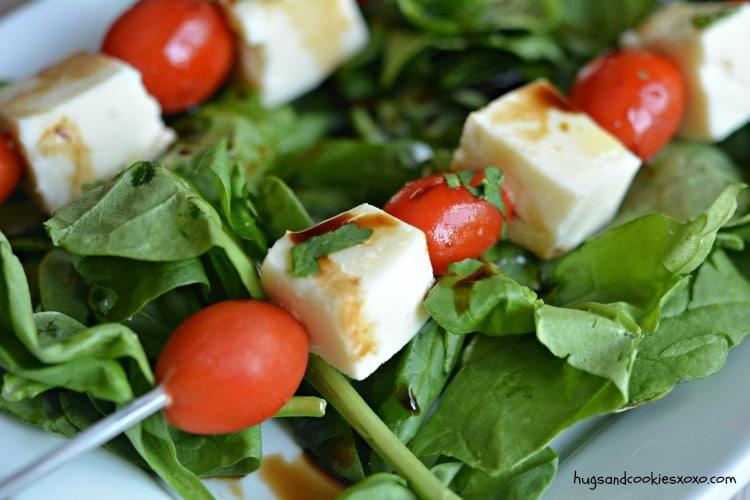 tomatoes mozzarella oil