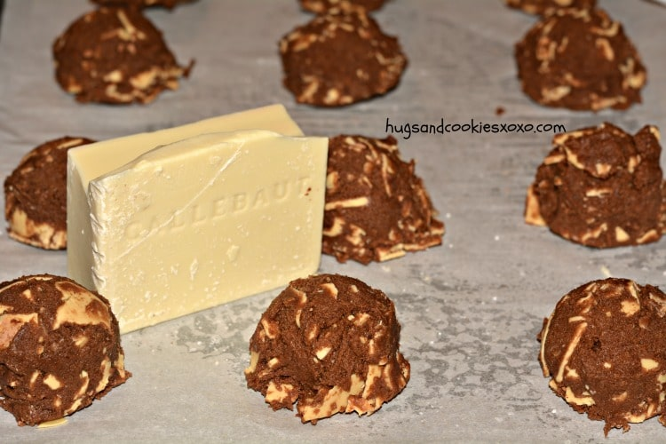 white chocolate caramelized cookies