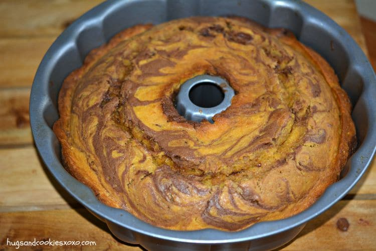 pumpkin bundt cake chocolate swirl