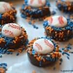 Mets Chocolate Dipped Oreos