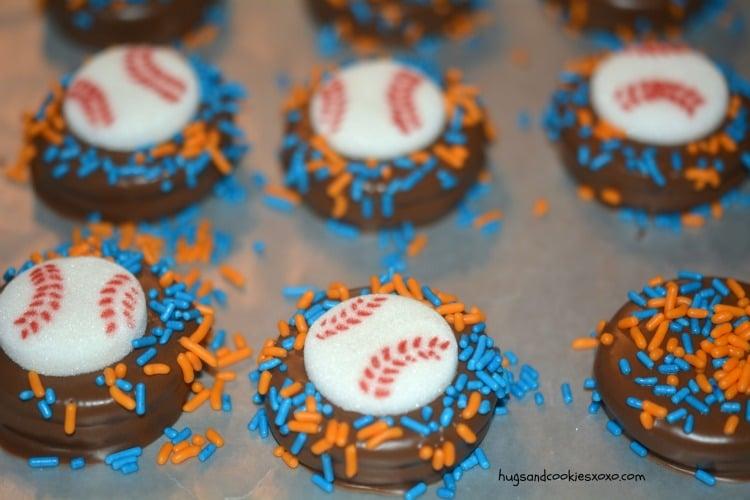 baseball oreo cookies