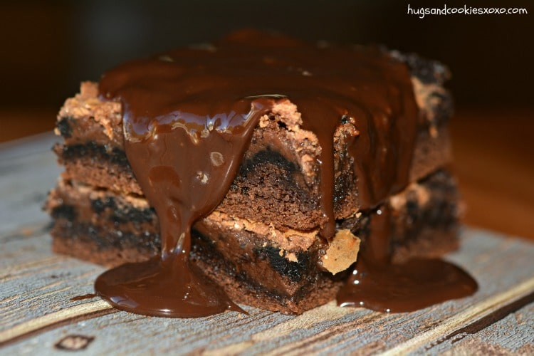 Oreo Chocolate Gooey Cake Bars Hugs And Cookies Xoxo