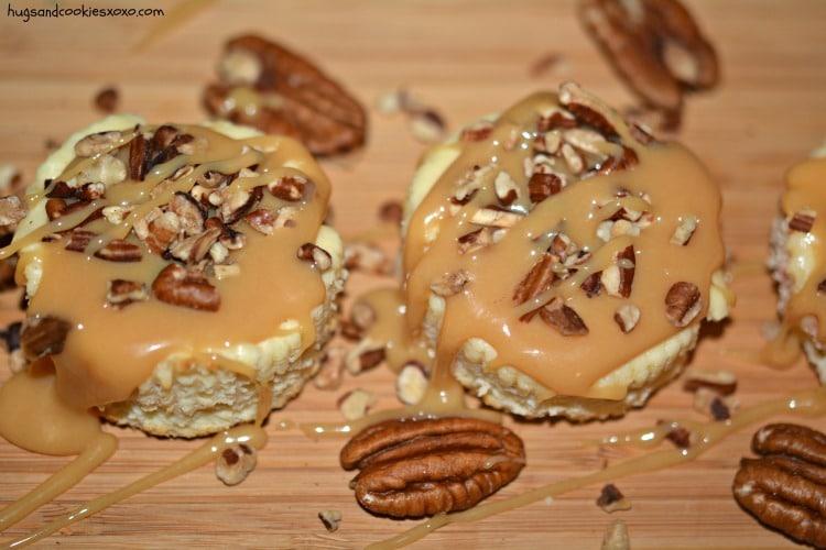 pecan cheesecake minis