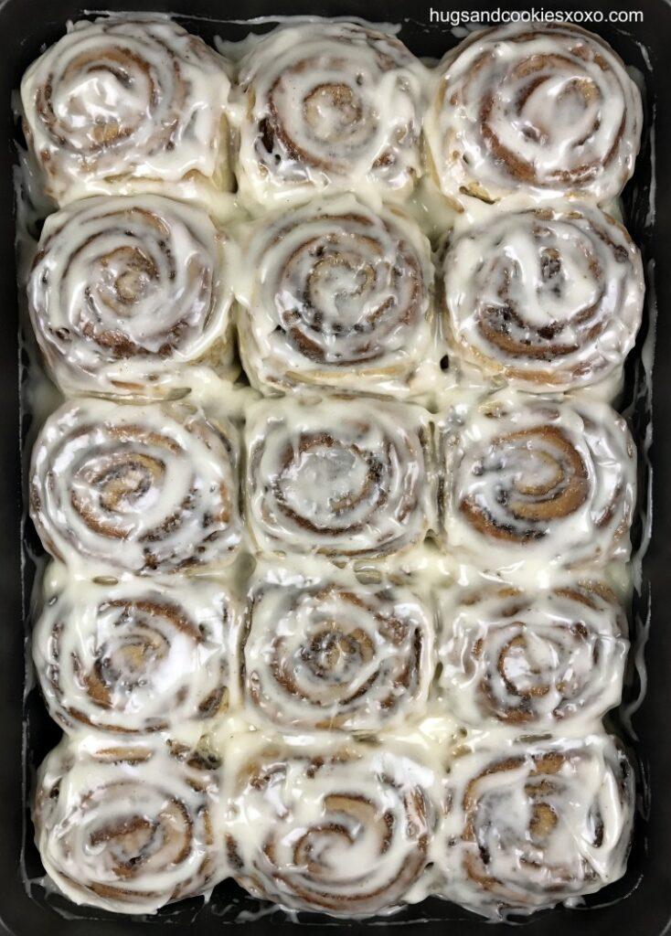 fresh-cinnamon-rolls-final-5