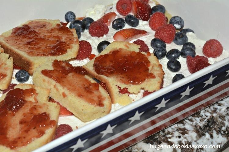berry trifle lasagna