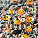 Candy Corn Cutie Chocolate Pretzels!
