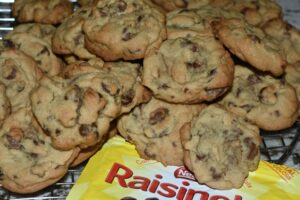Chocolate Chip Raisinette Cookies
