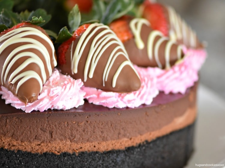 Triple Chocolate Cheesecake With Dipped Strawberries