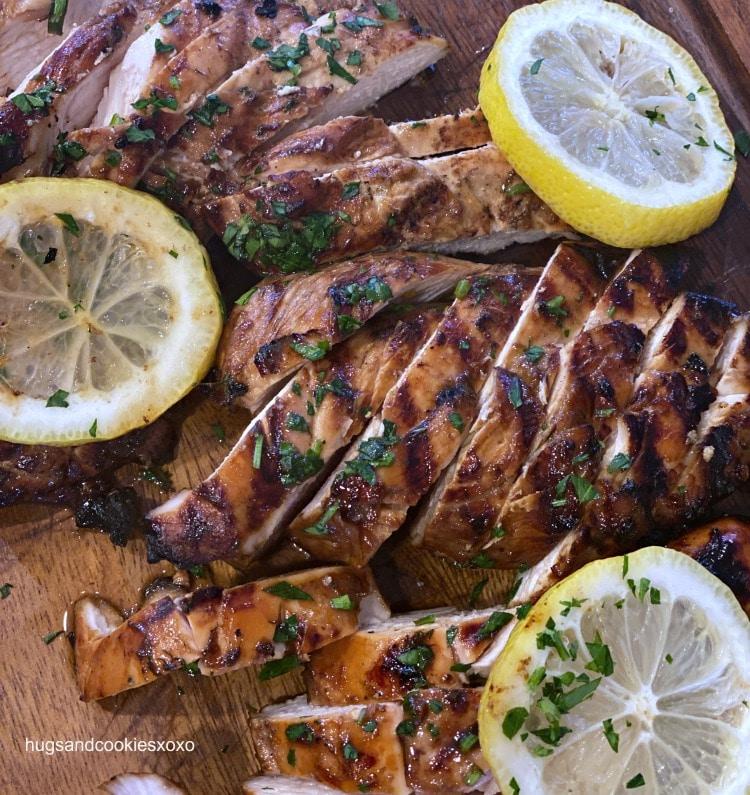 Balsamic Chicken Marinade lemon slices